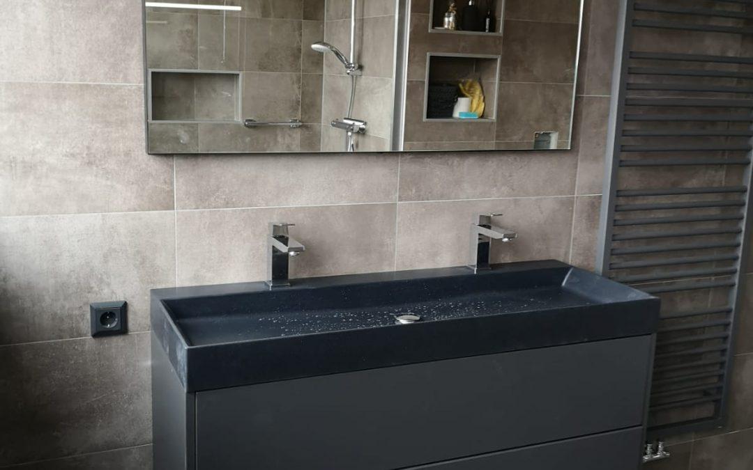 Mooie badkamer voor en na